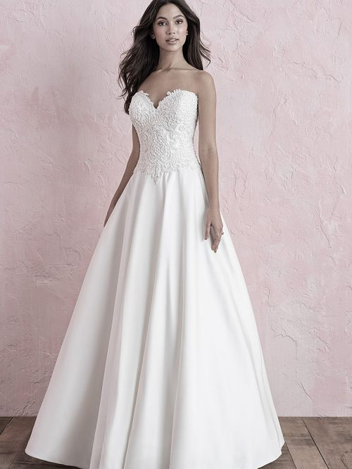 3261 Allure Roamnce Wedding Dress